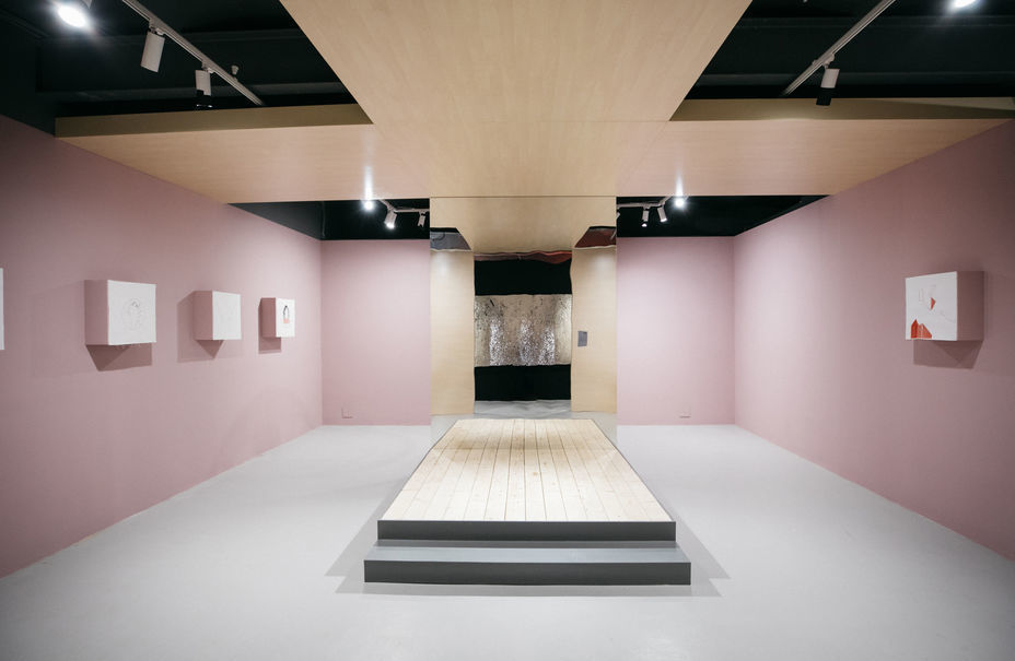 Выставка «Идеальные формы. Ishape myworld»